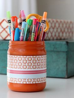 diy pencil cup, painted mason jars, messi craft, pen bottl, diy project, pencil cup diy, pencil cups, how to reuse old jars, crafts