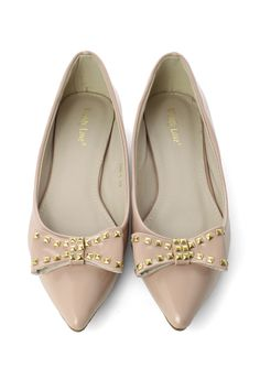 Studded Bow Pointed Flat Shoes in Nude