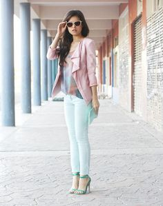 Love this look! Team mint jeans with a pale pink blazer and pastel accessories.