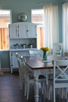 two tones kitchen table. Thinking about painting my wooden table and chairs white like this.