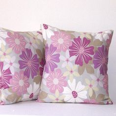 "Decorative Sofa Pillow Covers 18"" x 18"" Pillows Lavender Green White Flowers Accent Throw Pillows"