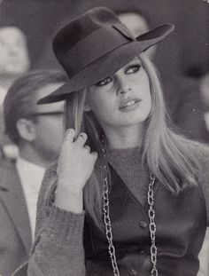 Bardot + chapeau. This never gets old.