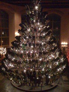 WIne bottle tree. I need to get busy drinkin' ...