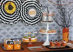 halloween decorations, dessert tables, halloween parties, halloween party treats, candies