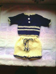 Baby outfit - free crochet pattern