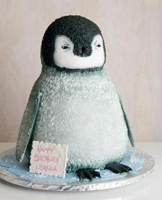 penguin cakes on Pinte...