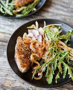 Arugula & Fennel Salad with Black Pepper-Crusted Tuna.