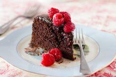 Chocolate fudge cake with ganache and raspberries
