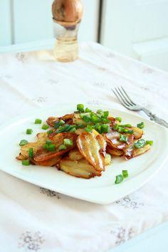 Garlic Potatoes (Side Dish)