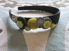 Button headband  www.trixiegirl.etsy.com