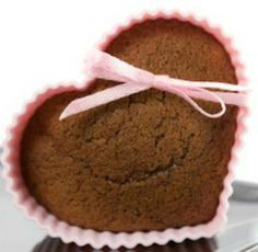 'Spice Cake' Muffins: 92-calorie Valentine's Day treat! | via @SparkPeople #food #recipe #heart holiday, food recipes, muffins, muffin recipes, cake muffin, cakes, healthi eat, perfect sweet, spice cake
