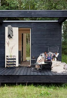 swedish cottag, finnish sauna, outdoor sauna, garden sauna, cottag studio, hous, deck, cottagescap codscabin, inspir exterior