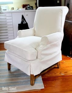 A great tutorial on how to make a slipcover!