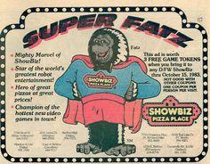 """The DALLAS COWBOYS AND Spider-man :: """"DANGER in Dallas"""" // Showbiz Pizza Place - ' SUPER FATZ ' ad (( 1983 ))"""