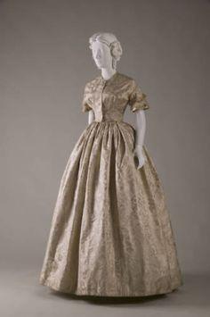 Wedding Dress    1854