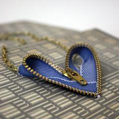 I 'heart' this zipper.