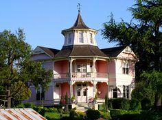 Pretty Pink Home