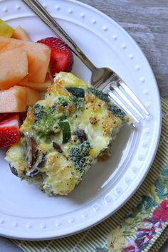 Crustless Brie, Vegetable and Egg Bake #recipe eggwhite quiche, egg bake