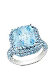 Sterling Silver Blue Topaz Ring.