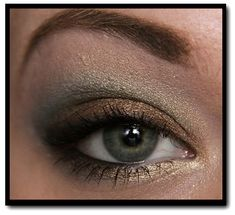 Urban Decay Ammo palette look: Green and brown