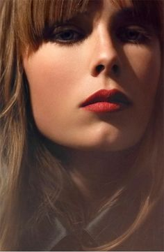 Siren red lips