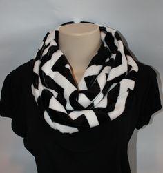 minky infinity scarf tutorial, sewing tutorial
