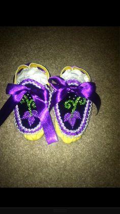 Baby moccasins -haudenosaunee raised beadwork style moccasins :)