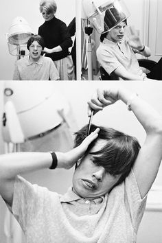 Mick Jagger getting his hair done