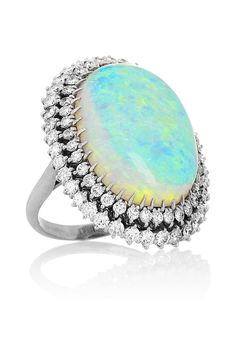 ☆ 18-karat white gold, opal and diamond ring ☆