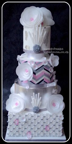 Grey and pink Chevron Cake