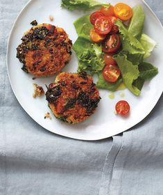 Crispy Quinoa and Bean Cakes With Salad #myplate #protein #vegetables #grain