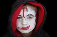 Halloween Monster Make-Up | Stretcher.com - Homemade monster make-up that won't irritate skin or empty a wallet.