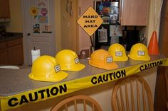 construction party themed birthday parties, construct parti, party hats, construction birthday, hat area, parti idea, hard hat, kid