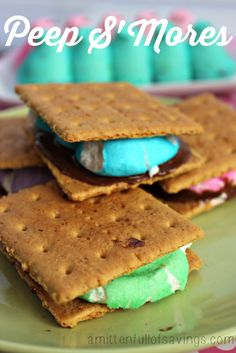 Peep S'Mores {easy recipe for Easter} super cute and creative easter peeps recipe!  #recipes  #peepsrecipe #easter