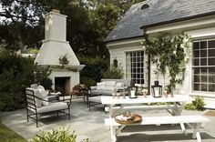 outdoor fireplace = heaven