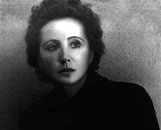 """""""Throw your dreams into space like a kite, and you do not know what it will bring back, a new life, a new friend, a new love, a new country.""""― Anaïs Nin"""