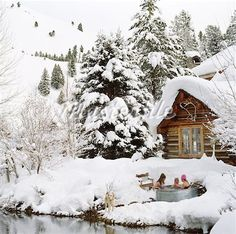 cabin homes, rustic log, winter, snow, hot tube, sauna, hot tubs, cabin fever, christma