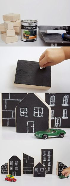 casas pizarra . Blackboard houses made out of wood blocks, design your own city every time you play and change it anytime you want, make it futuristic, old, country style...etc. AWESOME!!