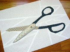 how cool!  great paper pieced scissor block!  Amber's Sewing Block by quirky granola girl, via Flickr