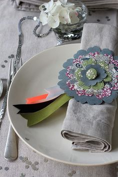 Liberty flower napkin rings