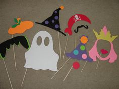 Halloween photo booth props I have got to make these for our party! @Julie Forrest Kennedy
