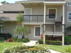 Beautiful Totally Remodeled Condo With One Bed And One Bath