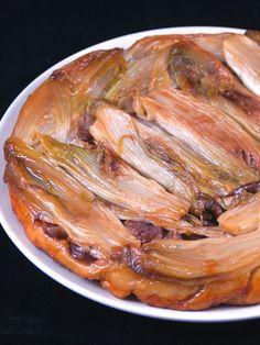 La tatin n'est pas que sucrée... La preuve avec cette délicieuse tarte tatin d'endives aux marrons !