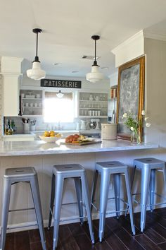 Holly Mathis Interiors: Young Houston family's home