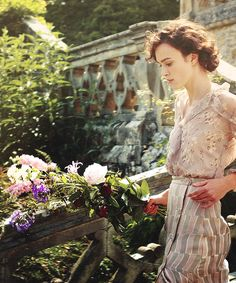 Atonement film, edwardian fashion, aton, keira knightley, dress, book, summer chic, garden, flower