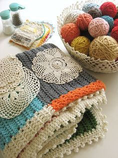 Crochet a beautiful blanket. Also, a good joining technique tutorial.
