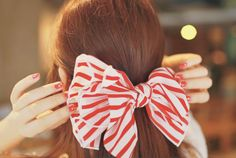 striped ribbon hairpin... so cute for the holidays!