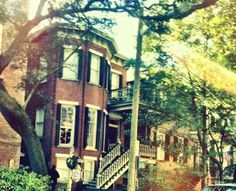 my dad's bachelor pad back in the 80s. he lived on the parlor floor in the same building as mrs wilkes boarding house