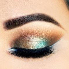 Teal and brown eyeshadow @ preanka_glam