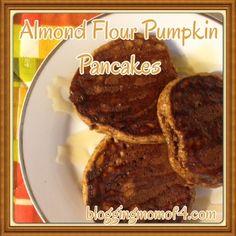 Almond Flour Pumpkin Pancakes - #Paleo Blogging Mom of 4
